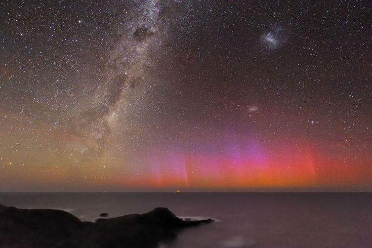 Red aurora.: Nature, Australia, Aurora Borealis, Red Aurora, Alex Cherney, Space, Alex O'Loughlin, Aurora Australis