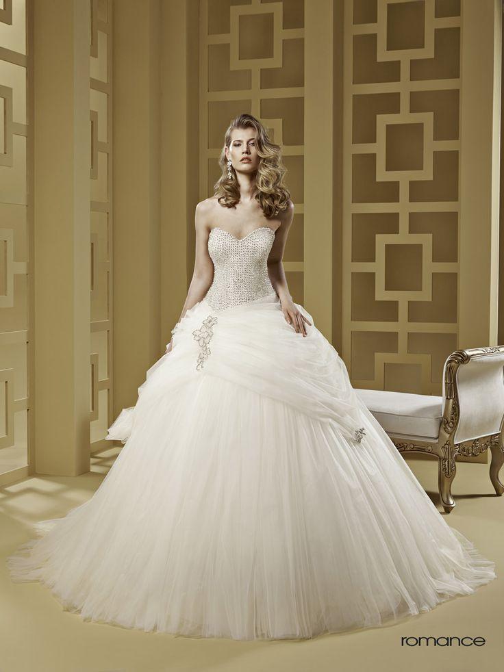 GLAMOUR ROMANCE-20 abiti da sogno, per #matrimoni di grande classe: #eleganza e qualità #sartoriale  www.mariages.it