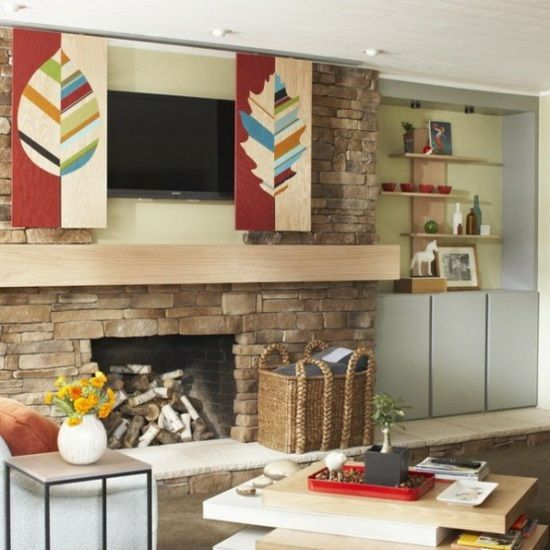 cacher sa t l avec une porte coulissante 38 id es tvs et design. Black Bedroom Furniture Sets. Home Design Ideas