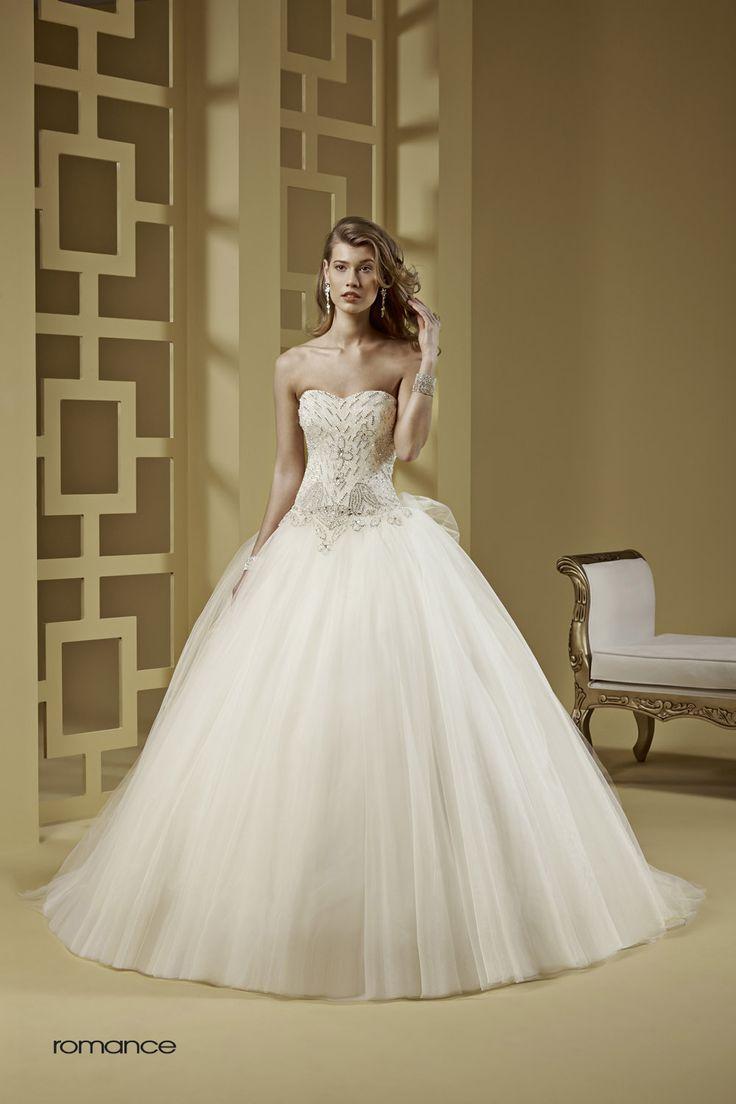 GLAMOUR ROMANCE-34 abiti da sogno, per #matrimoni di grande classe: #eleganza e qualità #sartoriale  www.mariages.it