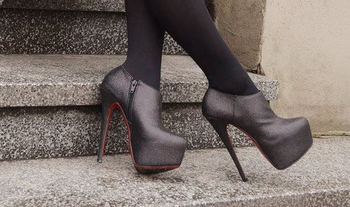 I want.: Black Booty, Woman Fashion, Christian, Red, Ankle Boots, Pump, High Heels, Closet, Shoes Obsession