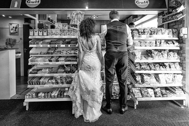 Photo by Ruud van der Lubben   X-T2   XF10-24mmF4 R OIS   F4   1/70sec   ISO400  #xseries #fujifilm #xphotographers #xt2 #bridalcouple #bw #lifemoment #photography
