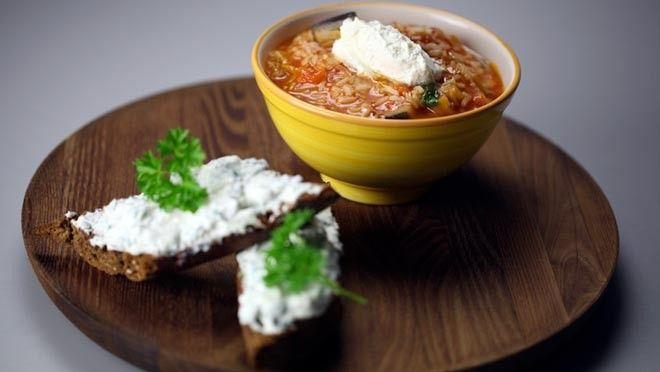 Tomaten rijstsoep - De Makkelijke Maaltijd | 24Kitchen