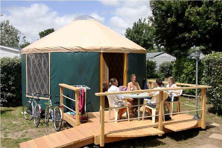 Venez vous dépayser dans nos logements insolites, les yourtes ! #camping #camping5etoiles #vacancesbretagne #yellohvillage #vacancescamping #oceanbreton