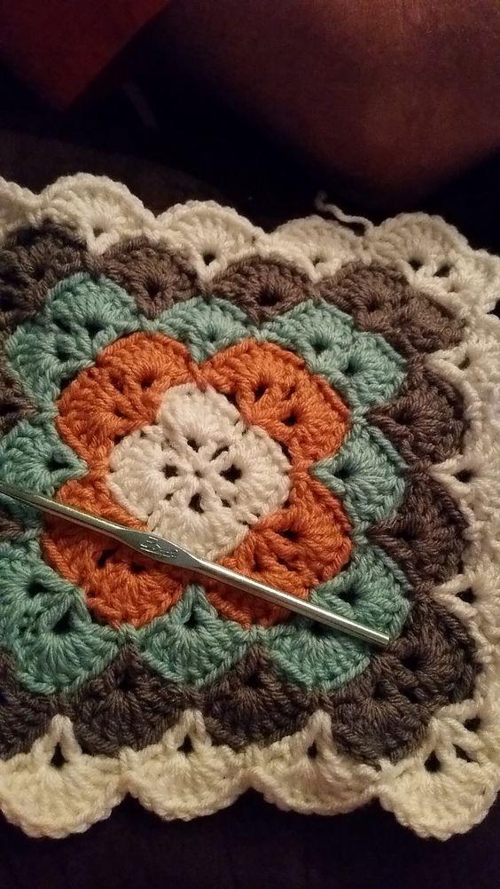 Ravelry: Beautiful Shells Blanket pattern by Lahoma Nally-Kaye