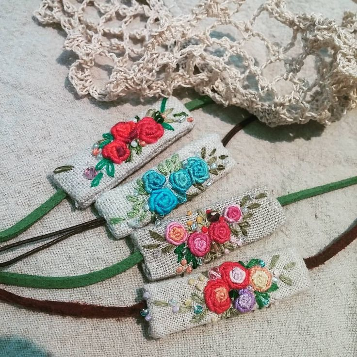 "374 Likes, 8 Comments - mimi ~  (@lmrblue) on Instagram: ""#Embroidery#stitch#needlework#wristband #프랑스자수#일산프랑스자수#자수#자수팔찌 #나의 손목에 예쁜 팔찌~~"""
