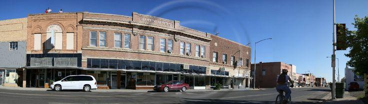 Picture of Merrill Avenue in Glendive Montana.