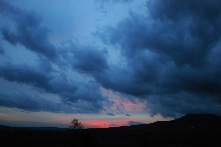 A photo of the sky over Sedlo taken From No 19, North Bohemia