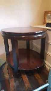 Solid wood oval table Guelph Ontario image 1