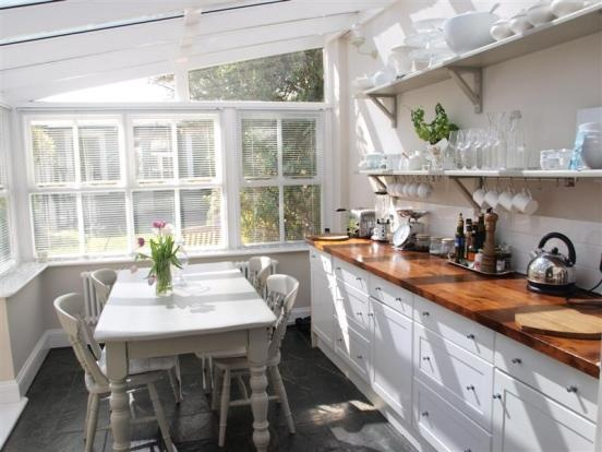 Conservatory / kitchen.
