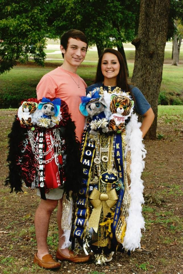 Texas Homecoming Mum Helicopter Slubne Suknie Info