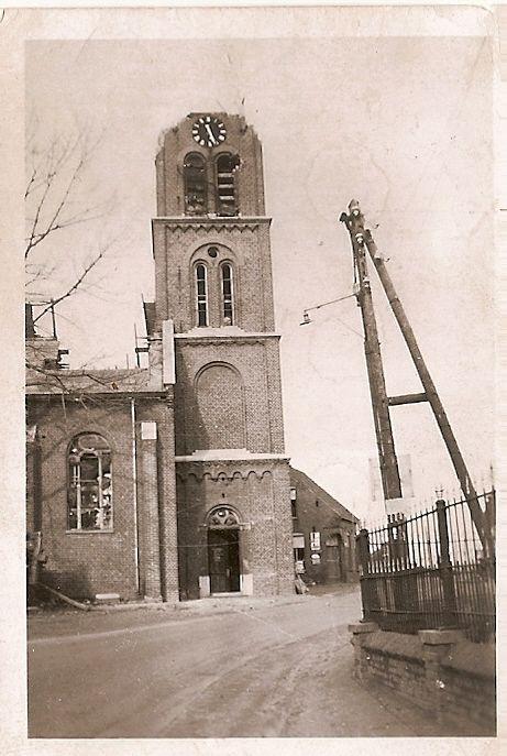 Kerk van Ommel na verwoesting 22 september 1944