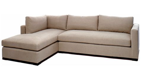 Sectional sofa upholstered in natural linen hamptons for Sofa exterior esquina