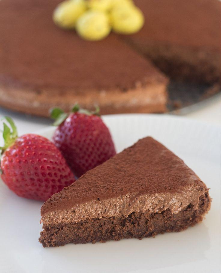 Opskrift på hjemmelavet Gateau Marcel chokoladekage. Jeg smagte den på Kellers Badehotel på Fanø og den søde kvinde fortalte at det var Gateau Marcel, som er glutenfri.