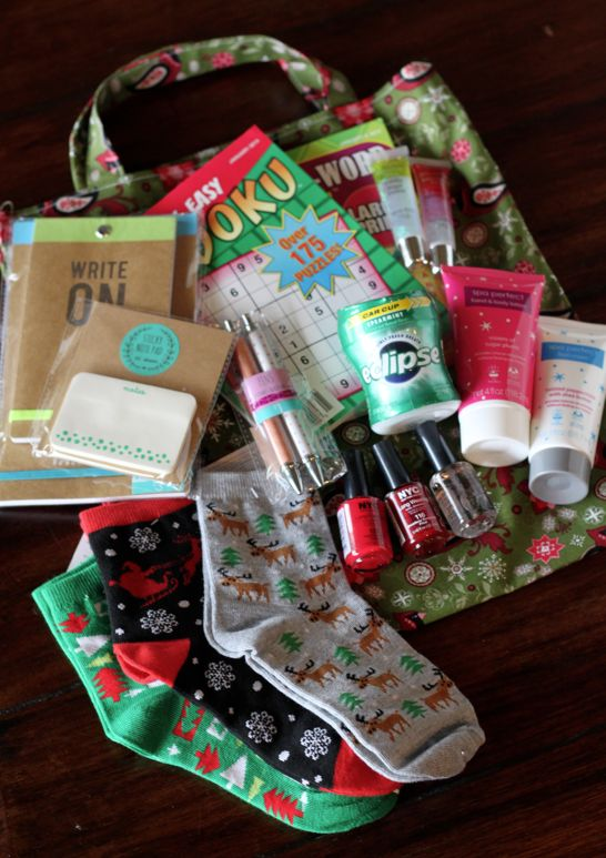 do it yourself divas: DIY: Essential Totes for Cancer Patients/Gift Giving