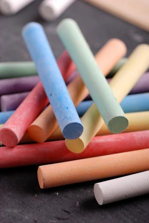 Dustless chalk may cause allergy and asthma symptoms in students with milk allergy, study finds