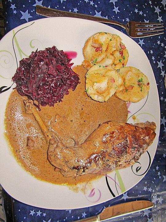 Kaninchen in Rotwein - Creme fraiche Sauce, ein gutes Rezept aus der Kategorie Wild & Kaninchen. Bewertungen: 24. Durchschnitt: Ø 4,1.