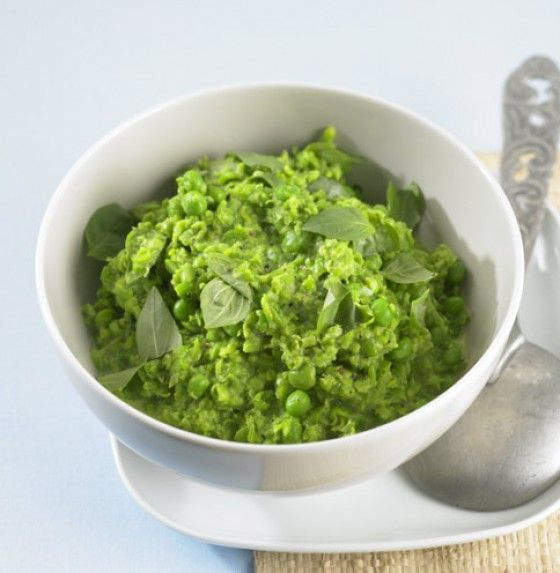 mushy peas with basil (German!)