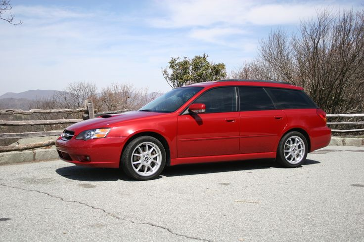 Beautiful Subaru Legacy wagon -- why am I so attracted to these?!