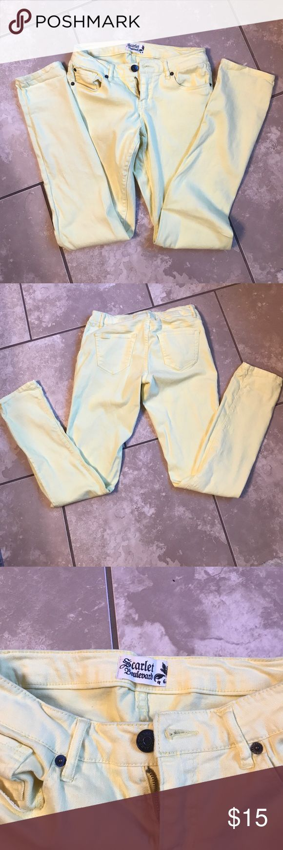 Bright Yellow Scarlett Boulevard Skinny Jeans Bright yellow (not neon) Scarlett boulevard skinny jeans no damages size 26 BKE tagged for hits BKE Pants Skinny