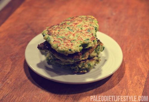 Zucchini Cakes - no wheat: Almonds, Paleodiet, Zucchini Fritters, Coconut Oil, Paleo Diet, Zucchini Cakes Recipe, Paleo Recipe, Green Onions, Diet Recipe