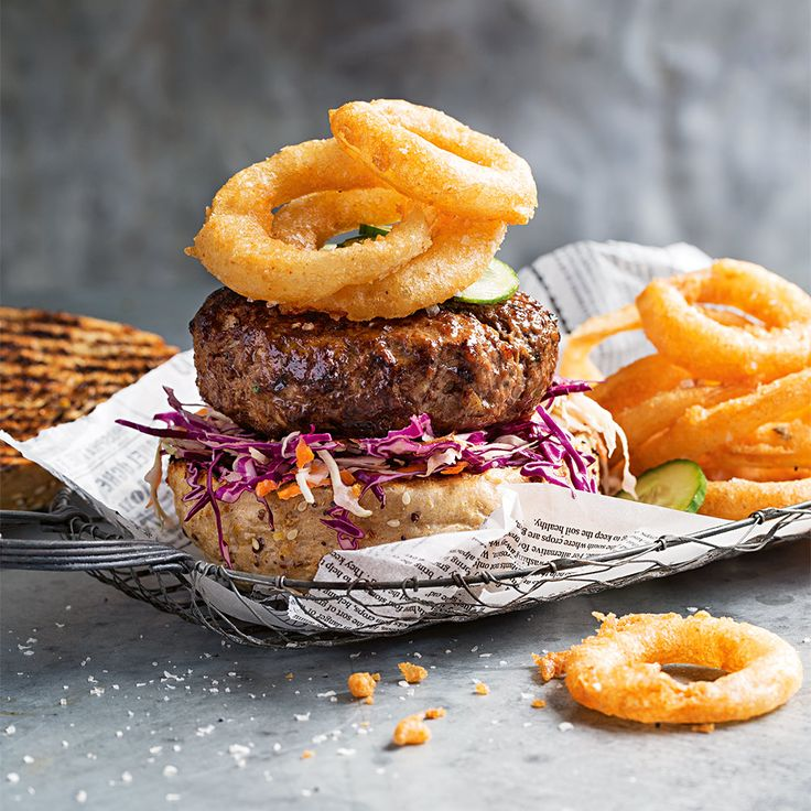 How to make delicious Onion Rings. #OnionRings #HamburgerMonth #Delicious