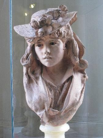 """This was titled """"Camille Claudel"""", however I think it is an early portrait of Rodin's wife, Rose."""