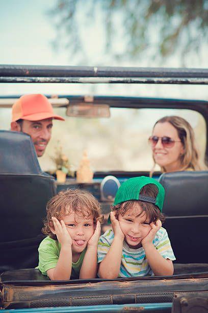 Viajar é sempre muito bom, viajar com nosso Pai é ainda melhor, mas viajar na companhia de nosso Pai e escutando música é ainda melhor! Eternize os momentos, construa a trilha sonora sua e de seu Pai!