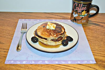 Hezzi-D's Books and Cooks: 9 Grain Blackberry Pancakes
