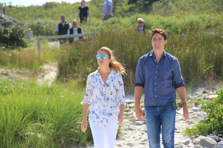 PM Trudeau and Sophie Trudeau dropped by the Seaside Park on a brief visit to the province this week. The unexpected walk in the park caught many hikers off guard when meeting the PM along the trail.