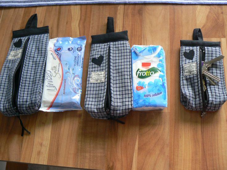 kabelky  na papír. kapesníčky