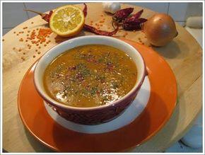 Mahluta Çorbası Adana yöresinin farklı lezzetlerinden birisi de mahluta çorbasıdır. Adana yöresi ile birlikte Antakya yöresine ait bir çorba olan mahluta çorbası bir tür mercimek çorbasıdır. Mahluta çorbası kırmızı mercimeğin suyla kaynatılması ile yapılan bir çorba çeşididir.