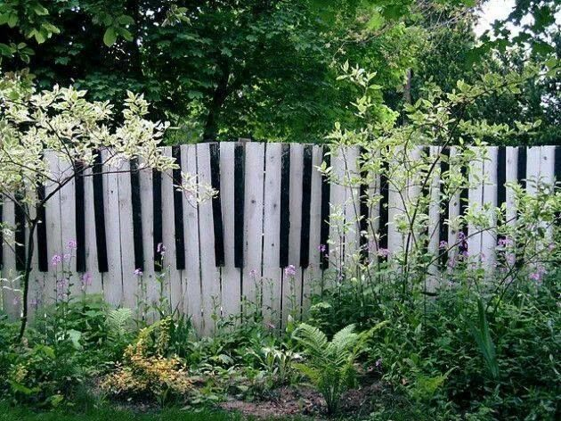 Piano fence