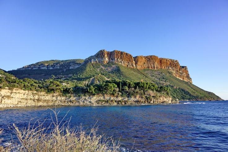 Le Cap Canaille : Marseille, Cassis, La Ciotat : cabotage dans les calanques - Linternaute