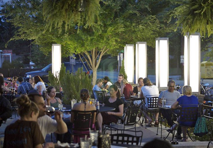 It's spring, and that means it's flowers, it's leaves, it's warmer temperatures, it's outdoor eating and dining! (It's also pollen, but let's set that aside for a moment.) Take advantage of Atlanta's mild spring - it's always too brief - and check out some of the finest places in town to ...