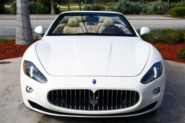 2014 Maserati GranTurismo Base Base 2dr Convertible Convertible 2 Doors Bianco for sale in Naples, FL Source: http://www.usedcarsgroup.com/new-maserati-granturismo-for-sale