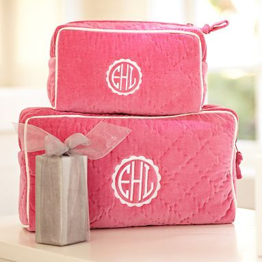 quilted velvet beauty case // so perfect for travel!