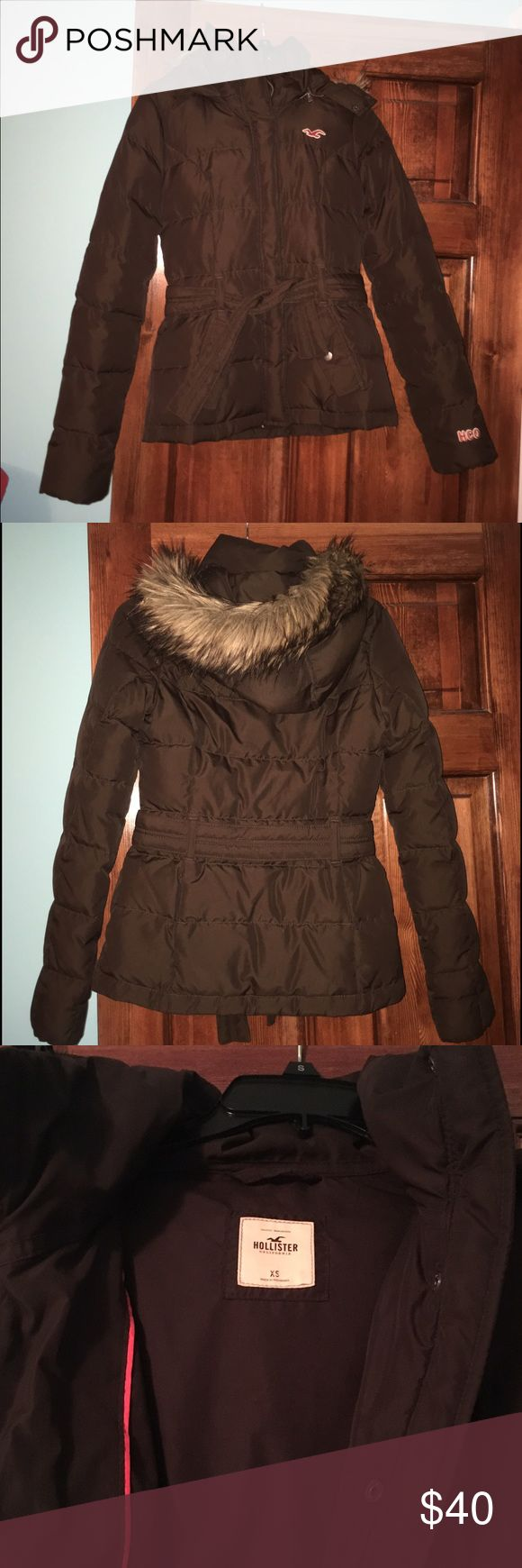 Brown Girls' Hollister Coat brown Hollister coat, great condition. size XS️❗️price can be negotiated❗️ Hollister Jackets & Coats Puffers