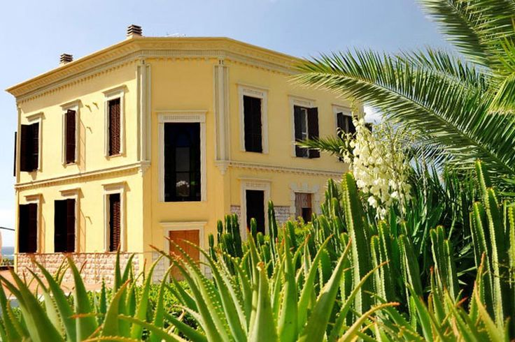 Villa Mosca, a boutique hotel in Sardinia