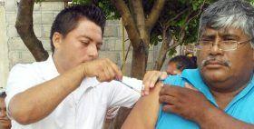 Refuerza SSO Programa de Vacunación Universal en la región del Istmo