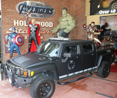 Hollywood Star Cars Museum - See over 40 real Hollywood movie & TV cars. Featuring the best of Hollywood movie, TV, and real life music superstar cars displayed in recreated sets with sound, lights, and action.