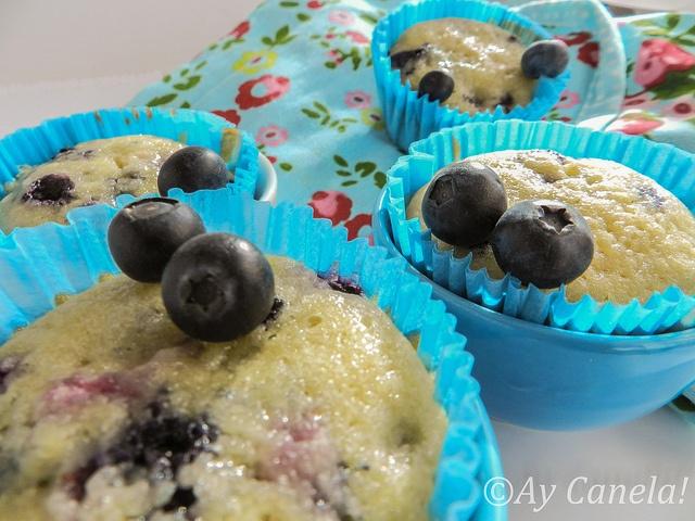 Muffins de Arándanos 2 by ManuLamas, via Flickr