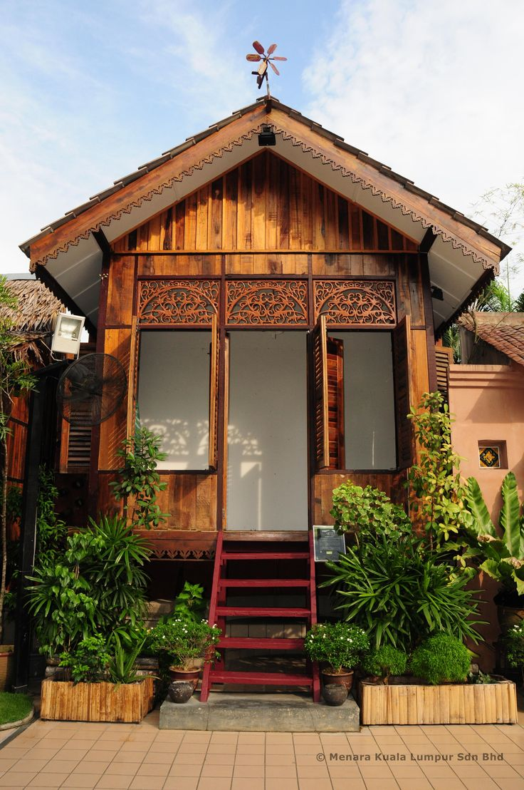 traditional malay house Traditional malay house site planning & construction-for religious reasons, most traditional malay houses are oriented to face mecca (east-west direction), which indirectly minimizes the.