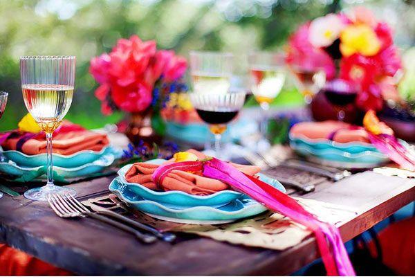 Color.: Color Parties, Tables Sets, Bright Color, Wedding Ideas, Color Pallett, Parties Ideas, Gardens Parties, Tables Decor, Parties Time