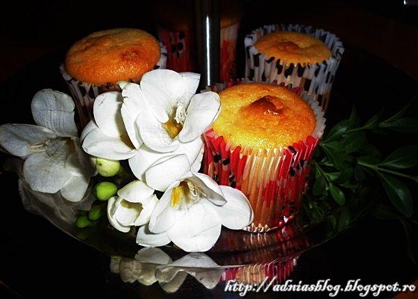 Muffins cu lamaie | Retetele Mele Dragi