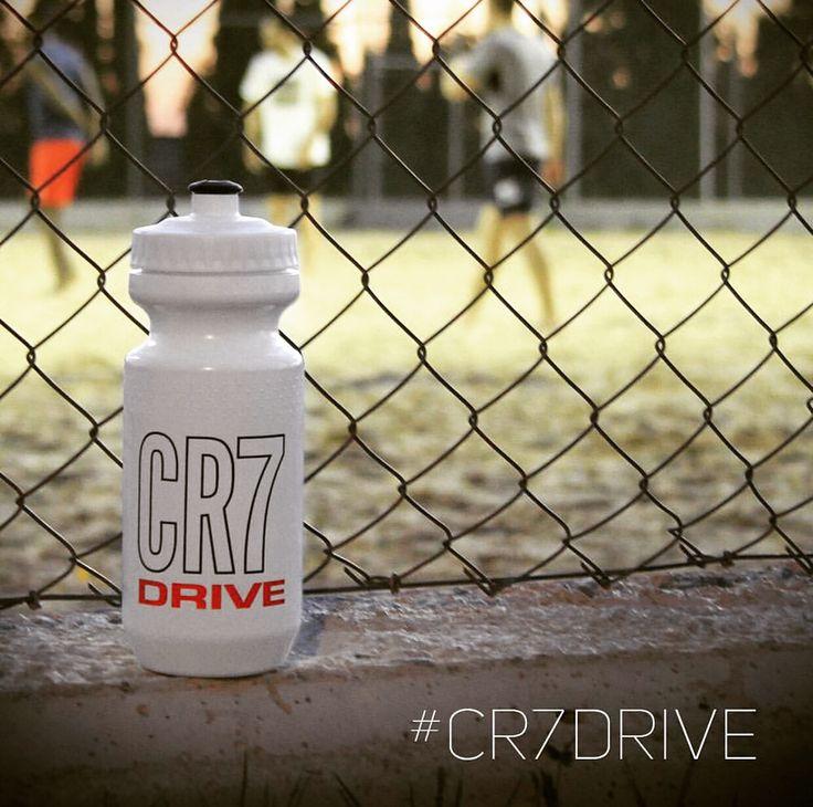La #hidratacion tiene un nuevo nombre: #CR7Drive de #Herbalife24.  NutricionDeportiva24.com
