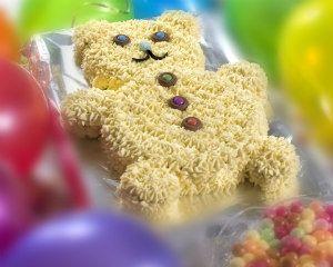 Teddy bear cake: Recipes: Good Food Channel