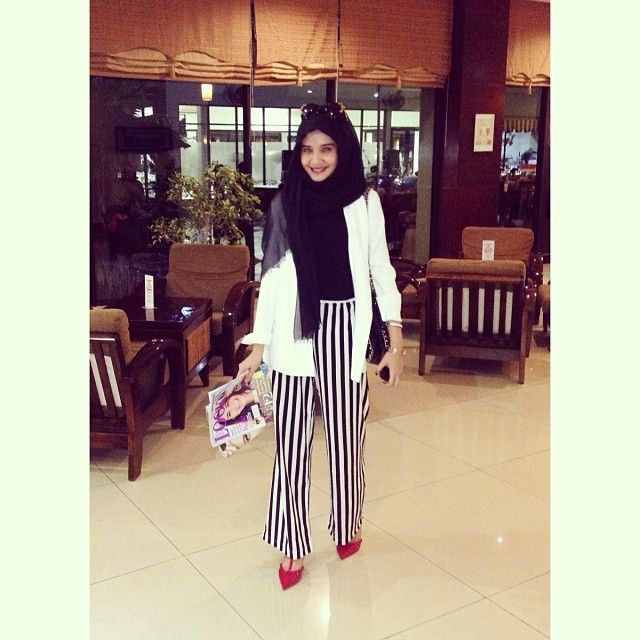 17 Best Images About Hijab Fashion On Pinterest Hashtag Hijab Kebaya And Muslim Women