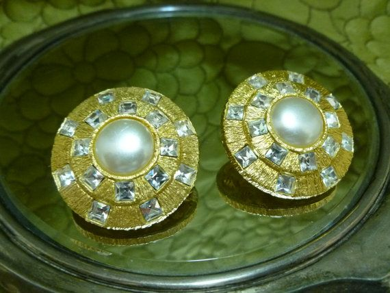 St. John Pearl Gold Tone and Rhinestone by ChicagoGirlVintage, $44.00