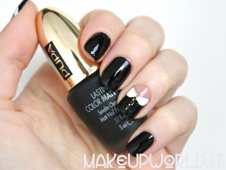 Peter Pan Collar Nails #nailart #nails #fingernails